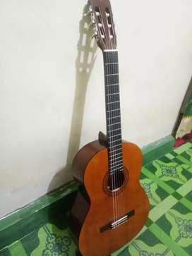 Jual gitar Yamaha C40 Fullset 900.000 NEGO