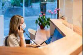 NEED A RECEPTIONIST FOR FORNT DESK