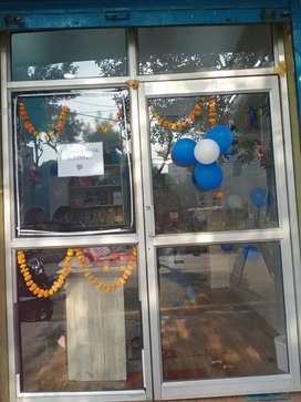 Shop available for rent in sec 3 Vasundhara