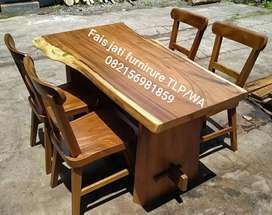 Set meja makan trembesi solid elegan