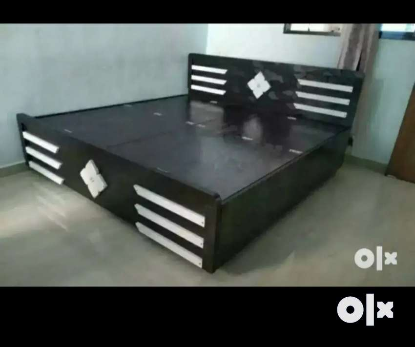 Deluxe quality wooden bed...
