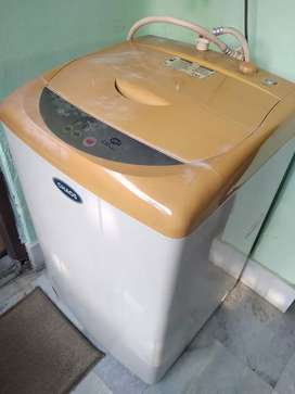 LG top load fully automatic washing machine for sale