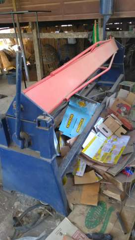 Mesin press/bendingmtekuk plat