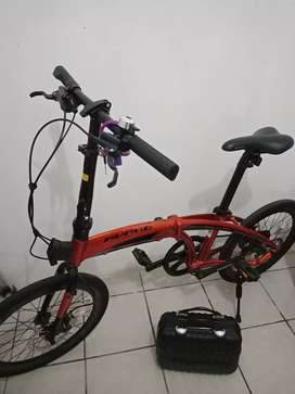 Sepeda lipat avand