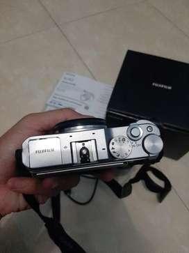 Kamera Mirrorless FujiFilm X A3 Fullset