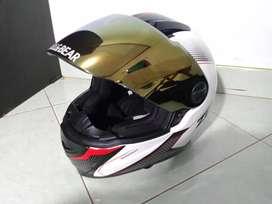 Helm zeus 811 warna hitam merah putih