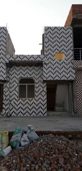 ROOMA ROW HOUSE PROJECT NEAR AXIS COLLAGE