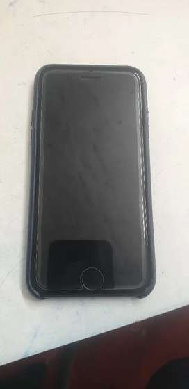 I phone se only 4 days use balck color