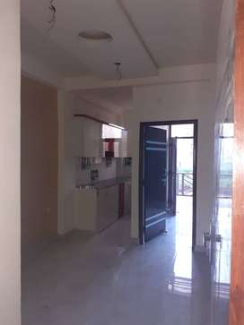 1BHK ready to move andGood semi-furnished flat DLF Ankur Vihar
