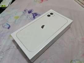 Iphone 11 64GB Ibox Warna Putih masih greenfeel