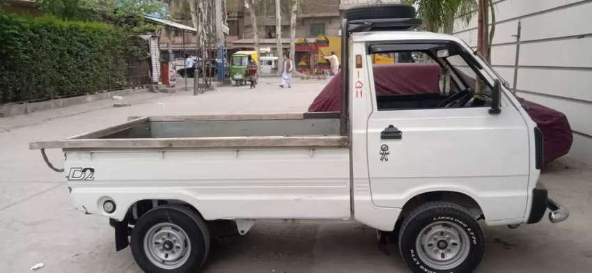 Asslam o alaikum i am sale my suzuki pickup Good condition