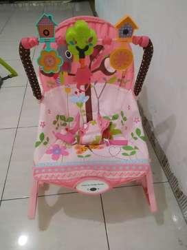 Kursi bayi ayunan