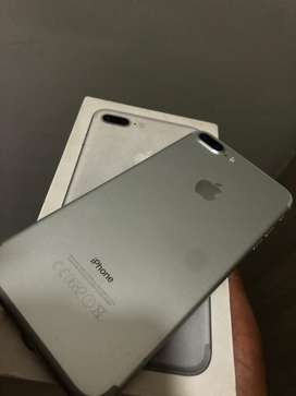 Iphone 7 plus silver with box