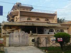 450 YARD CORNER BEST LOCATION KOTHI 2.25 CRORE (H BLOCK SHASTRI NAGAR)