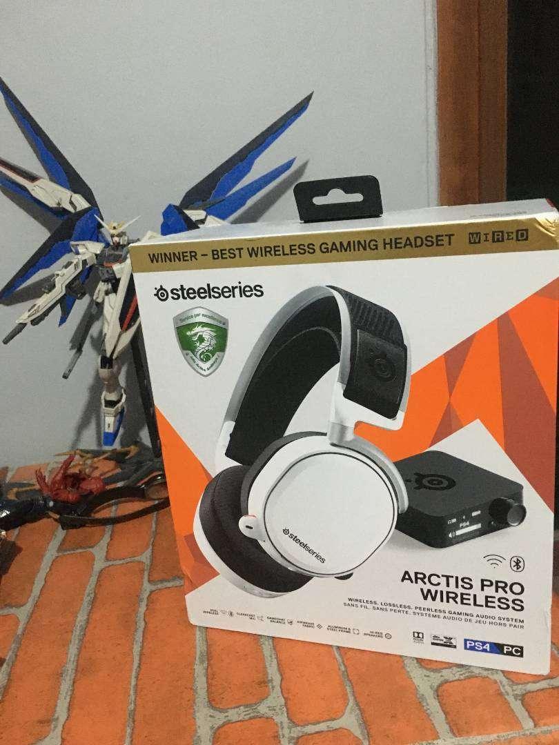Headset Gaming Steelseries Arctis Pro Wireless 0