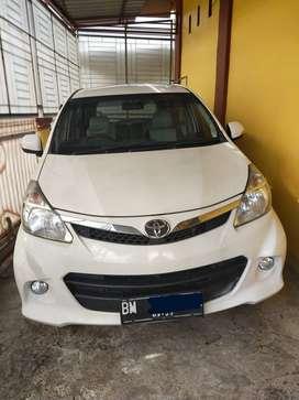 Toyota Avanza Veloz 2013 warna putih