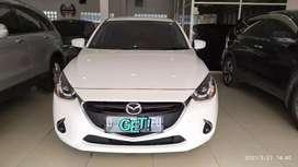 Mazda 2 type R AT'2017 ( LOW KM) Halimoon Mobil
