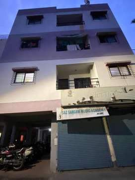1 room kitchen flat , good location ,rented flat where we get 8-9k