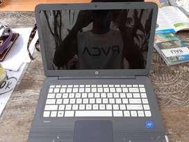 Laptop HP pemakaian baru 3minggu, mulus 100%