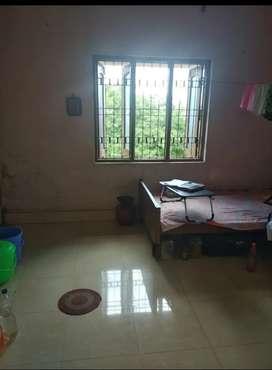 Single room for bachelor boys / girls