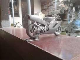 Miniatur motor honda nsr