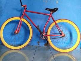 Sepeda Fixie Bekas