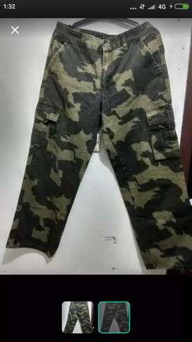 Berbagai macam jenis celana cargo army loreng