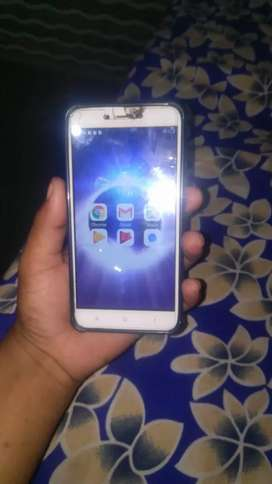 Mi 4 2gb 16 GB with good condition only touch has little crack but