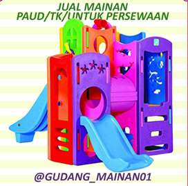 mainan playground berukuran besar dengan warna yang menarik