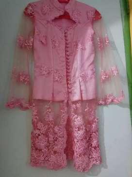 Kebaya pink payet satu set