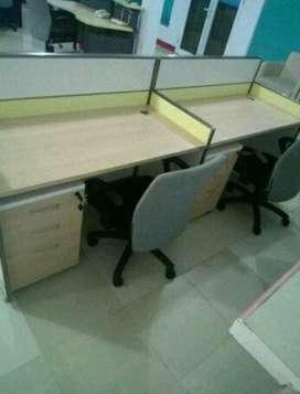 Dijual Murah Banget meja kantor Berkualitas dan Bagus