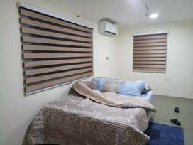 Window blinds royal desigs in wood color