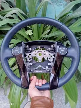 Prius multimedia leather steering