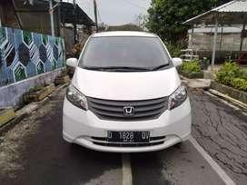 Dp 14 juta Saja Honda Freed Psd Automatic 2011 White