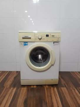 Siemens 7kg front load washing machine with free shipping warranty fre
