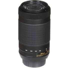 Nikon AF-P DX NIKKOR 70-300 mm f/4.5-6.3G ED VR Lens for DSLR Cameras