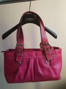 Authentic Coach - Soho Cranberry Pleated Leather Bag F13732.