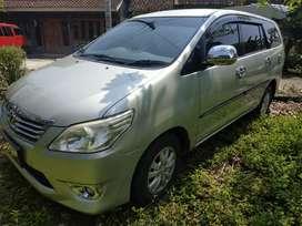 kijang innova diesel G 2013 silver