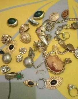 Nerima beli emas, berlian, perak dan jam mewah