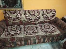 Sell good condition 5 siter sofa set