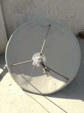 Dish 4 Foot with C Band Ku Band LNB
