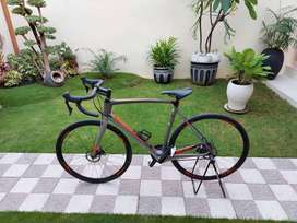 Road Bike Polygon Strattos S7 Disk Carbon UCI Like New Pmk 1 Bln NEGO