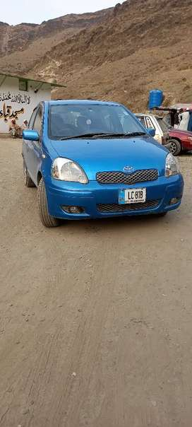 Yaris Toyota 2003 1300cc  manual sunroof full optional