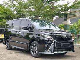 Toyota Voxy 2.0 Matic tahun 2019 siap pakai (Km 12 ribu)