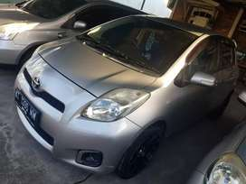 Di jual yaris metic.2012