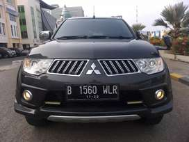 Mitsubishi Pajero Exceed 2.5L A/T Diesel 2013