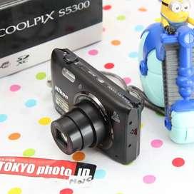 Nikon coolpix S5300 WIIFI Likenew