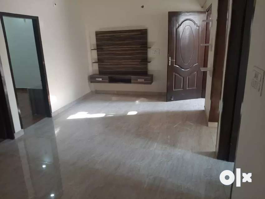 3Bhk FLAT is for sale Strts Rs 26.90 0