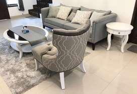 1 set sofa 3 seats, meja ruang tamu, meja samping (merk rosewood)