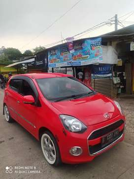 Daihatsu Ayla X manual 2015 Warna Merah